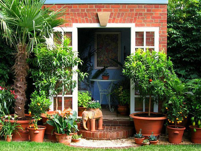 красивый вход в дом 1