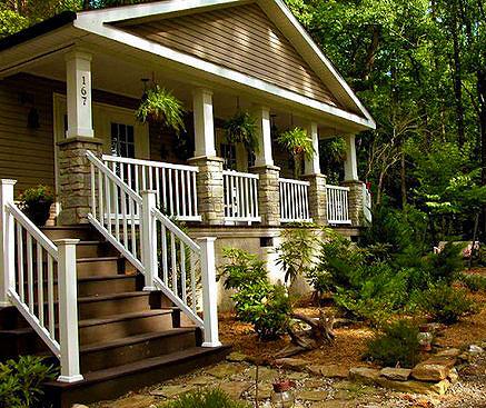 Классическое крыльцо частного дома 16
