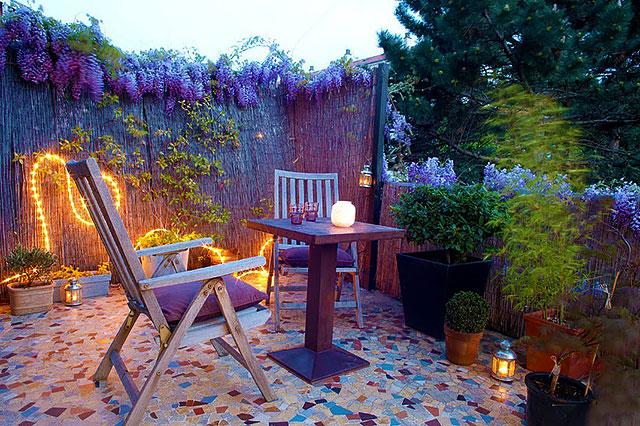 Оформление зоны отдыха во дворе частного дома