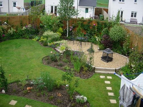 Садовая дорожка из отдельных плит