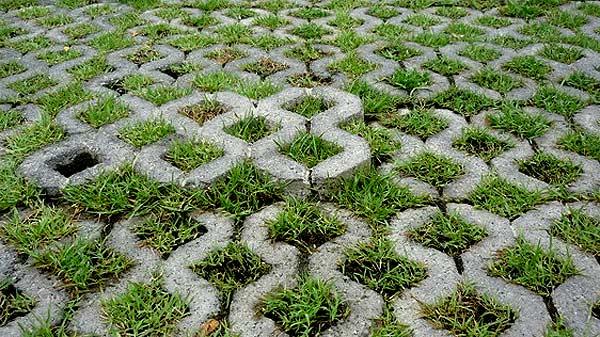 Экопарковка - газон и плитка