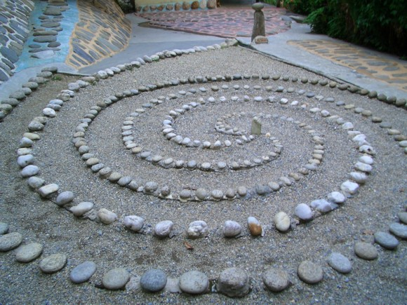камни в ландшафтном дизайне 5
