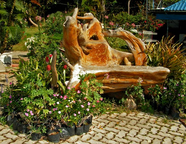 Дизайнерские решения в оформлении сада
