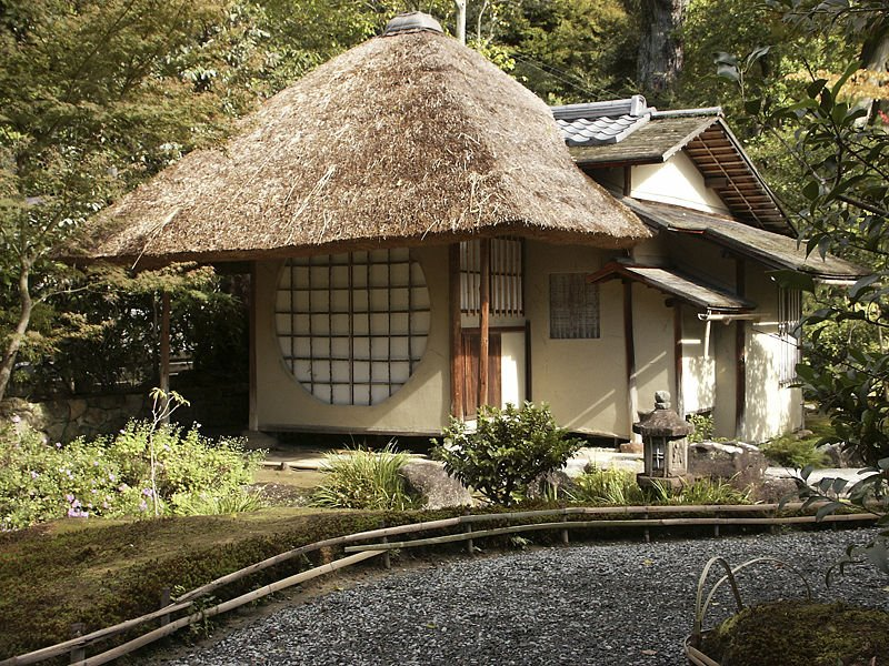 дом с соломенной крышей 3