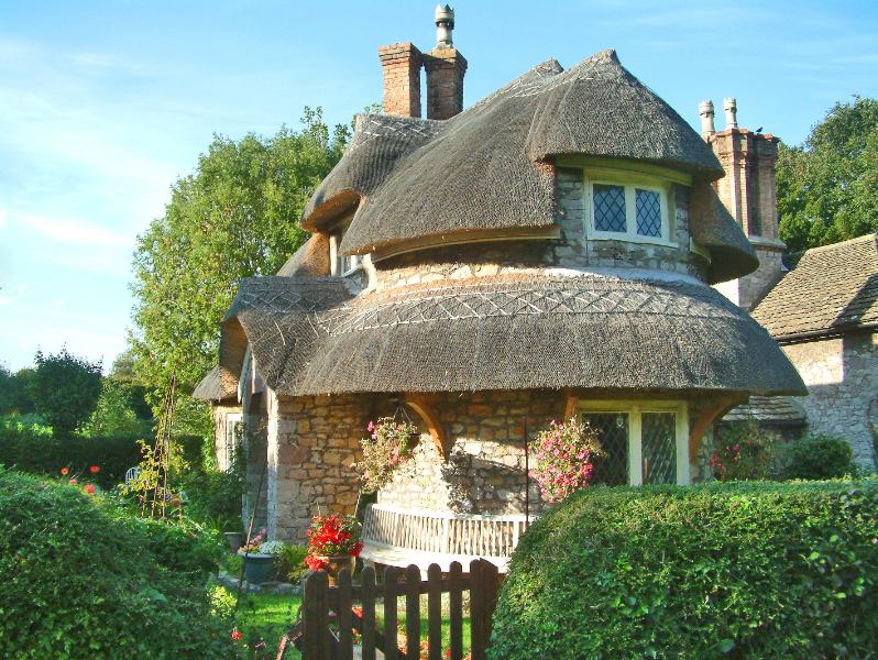 дом с соломенной крышей 5