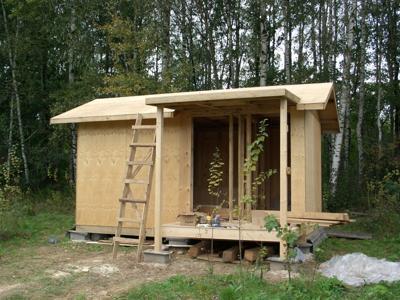 Как построить маленький дом своими руками видео