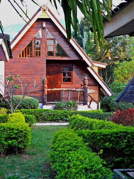 деревянный дачный домик 1