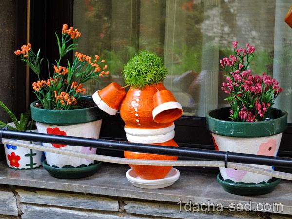 украшение из цветочных горшков