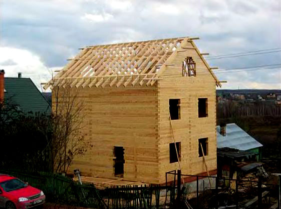 Мансарда двухэтажного дома
