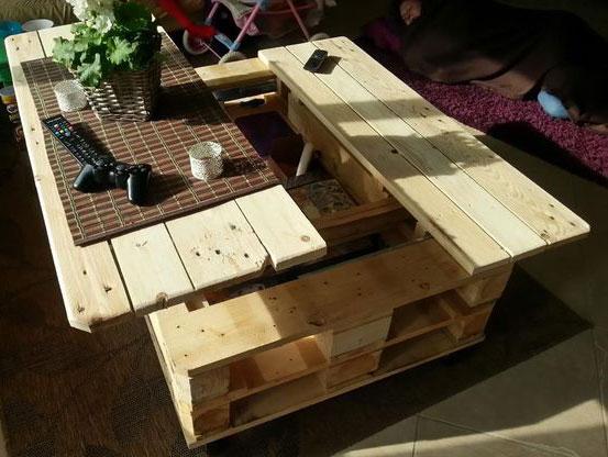 Стол и скамейка из поддонов